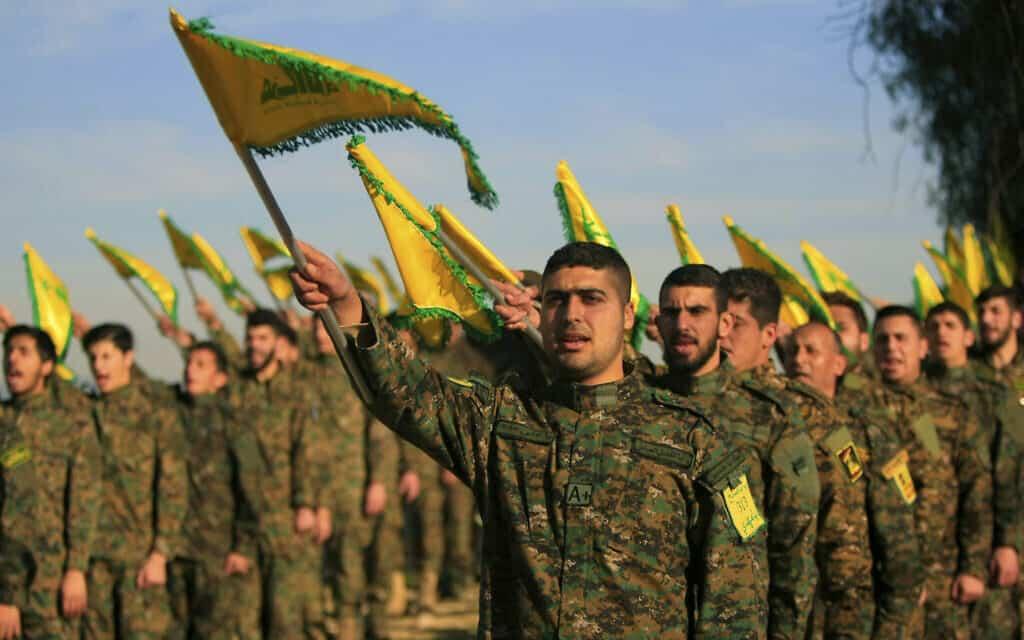 כוח לוחם של חיזבאללה בדרום לבנון (צילום: AP Photo/Mohammed Zaatari)