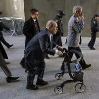 הארווי ויינשטיין בדרכו לבית המשפט בניו יורק, 24 בפברואר 2020 (צילום: Craig Ruttle, AP)