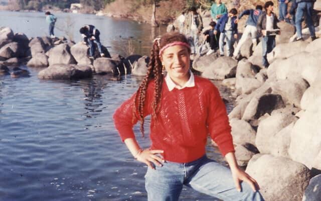 אמל אלסאנע אלחג'וג' בגיל 16, בטיול בית ספר לכנרת
