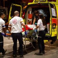 צוות רפואה בעפולה, ארכיון; למצולמים אין קשר לידיעה (צילום: מאיר ועקנין, פלאש 90)