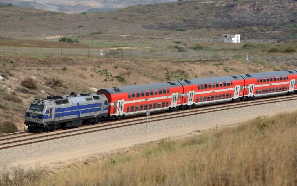 רכבת ליד שדרות, ארכיון (צילום: גילי יערי, פלאש 90)