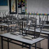 כיתה ריקה מתלמידים (צילום: יונתן זינדל/פלאש 90)