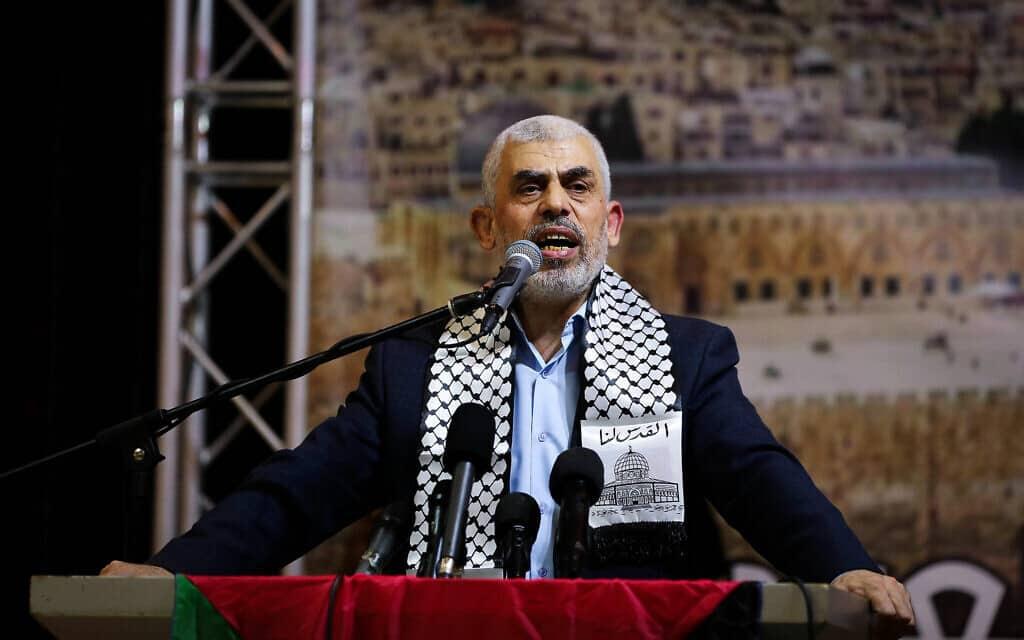 יחיא סינואר במסיבת עיתונאים בעזה, ב-4 בנובמבר 2019 (צילום: Abed Rahim Khatib/Flash90)