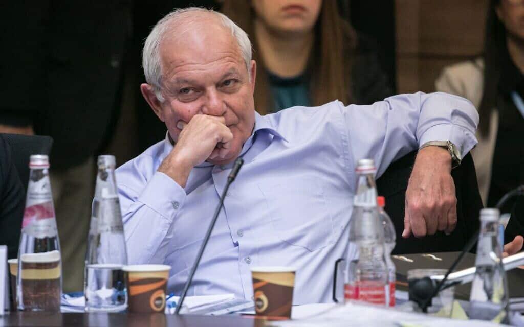 חיים כץ במהלך הדיון בבקשת החסינות שלו בוועדת הכנסת. 4 בפברואר 2020 (צילום: Olivier Fitoussi/Flash90)