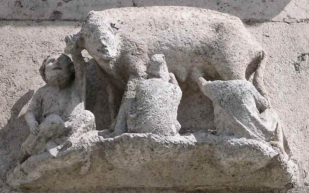 חזירת יהודים בקתדרלה של רגנסבורג (צילום: de:Benutzer:Falkue)