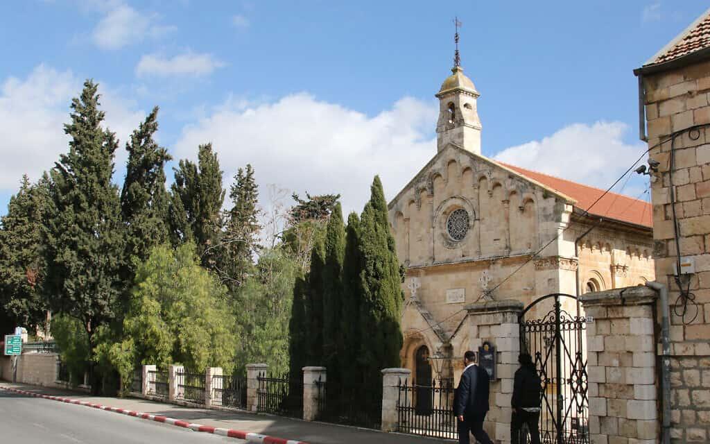כנסיית סנט פול, שנבנתה על ידי שליחים בריטים ב-1873, בשטח שיהפוך לרחוב שבטי ישראל (צילום: שמואל בר-עם)
