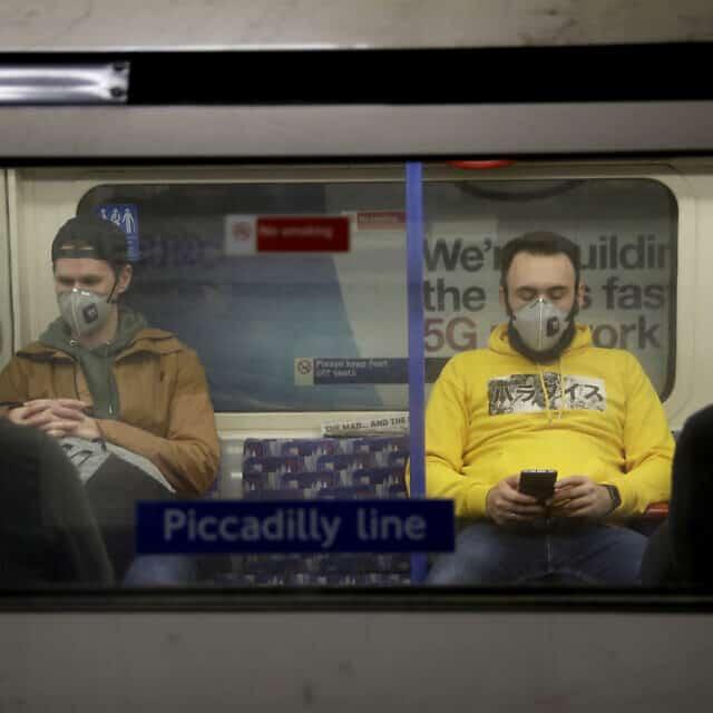 מגפת הקורונה בבריטניה (צילום: AP Photo/Matt Dunham)
