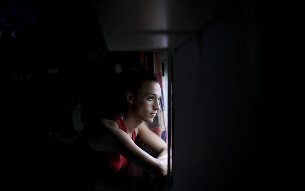 שחקן כדורגל טרנסג'נדר (צילום: AP-Photo-Natacha-Pisarenko)