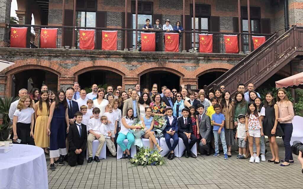 חגיגת בר מצווה משותפת בשנחאי, אוקטובר 2019 (צילום: Courtesy Hanna Minsky/ Kehilat Shanghai)