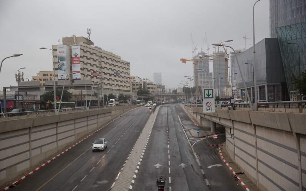 כבישים ריקים בעקבות משבר הקורונה, מרץ 2020 (צילום: Miriam Alster/FLASH90)