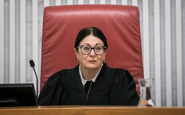 נשיאת בית המשפט העליון אסתר חיות (צילום: Olivier Fitoussi/Flash90)