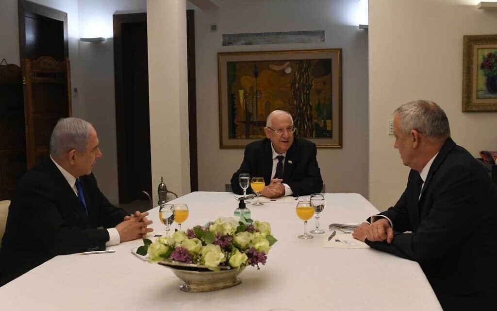 """פגישת ריבלין, גנץ ונתניהו, 15 במרץ 2020 (צילום: קובי גדעון/לע""""מ)"""