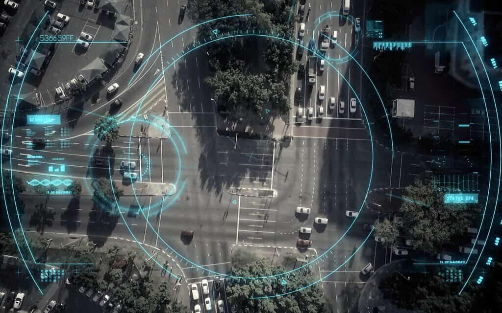 מעקב דיגיטלי. אילוסטרציה (צילום: Wavebreakmedia)
