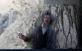 צעיר חרדי בבני ברק, ארכיון (צילום: AP Photo/Ariel Schalit)