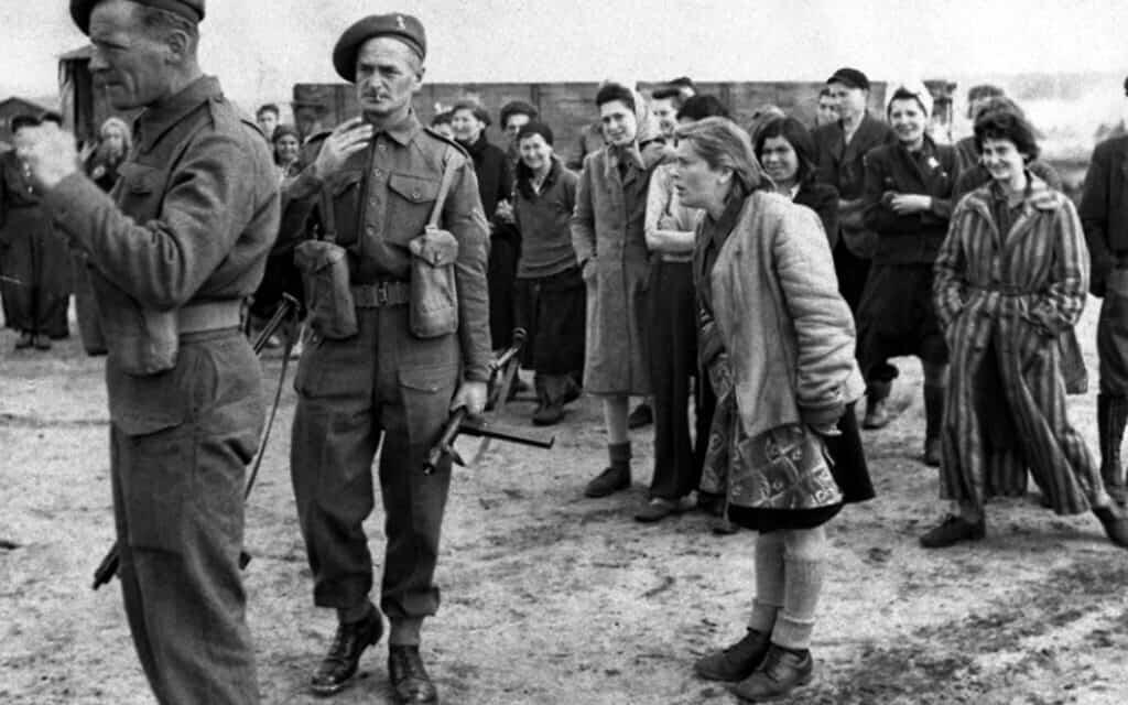 שחרור ברגן-בלגן, אפריל 1945 (צילום: AP)