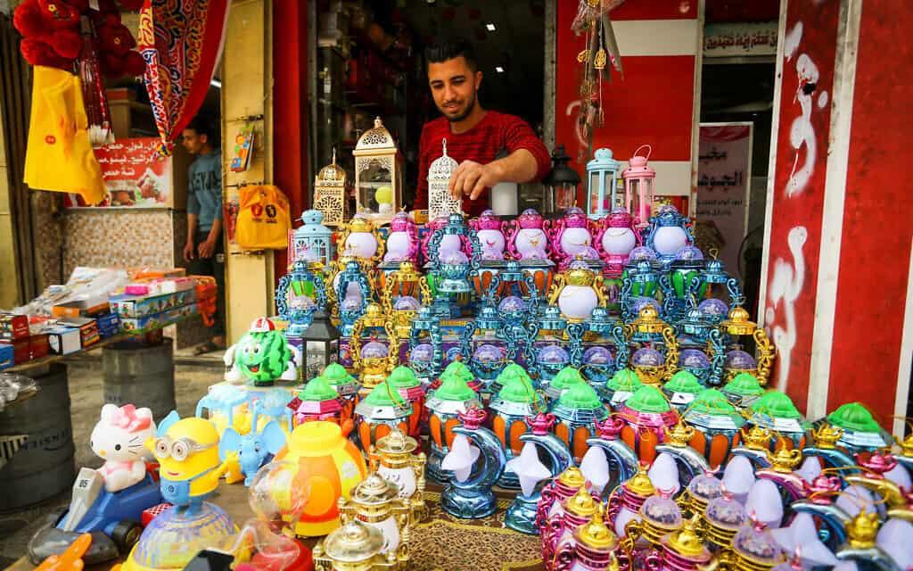הכנות לרמאדן בעזה (צילום:  Abed Rahim Khatib/Flash90 )
