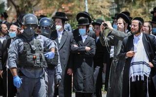 עימותים בין שוטרים לחרדים בבית שמש, 28 באפריל 2020 (צילום: Yaakov Lederman/Flash90)
