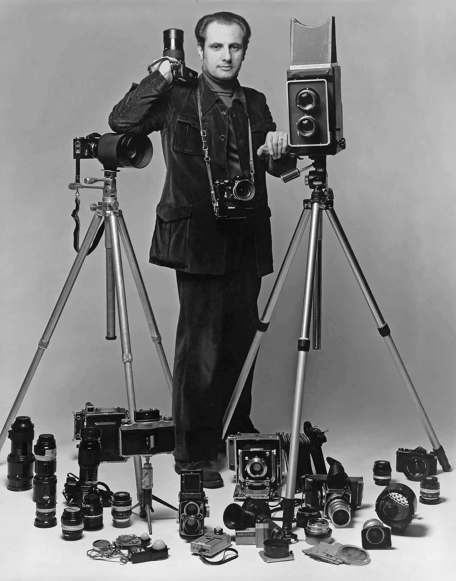הנרי דאומן ומצלמות (צילום: Courtesy)