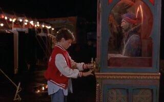 """זולטר, צילום מסך מתוך הסרט """"ביג"""""""