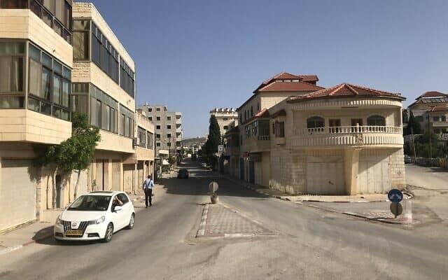 הרחוב הראשי בטייבה (צילום: אמיר בן-דוד)