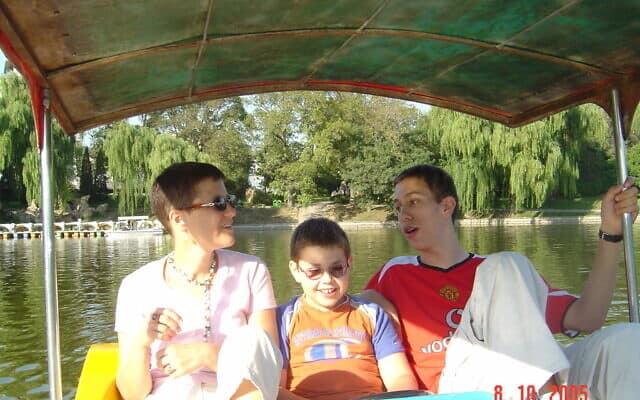 סירת פדלים בפארק. בייג'ינג 2005 (צילום: יפעת פרופר)