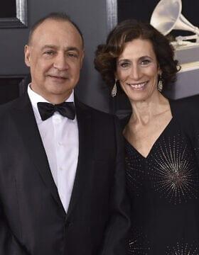 לן בלווטניק ורעייתו בטקס פרסי הגראמי. ניו יורק 2018 (צילום: Photo by Evan Agostini/Invision/AP)
