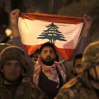 הפגנה נגד אחיזת חזבאללה בלבנון, נובמבר 2019 (צילום: AP Photo/Hussein Malla)