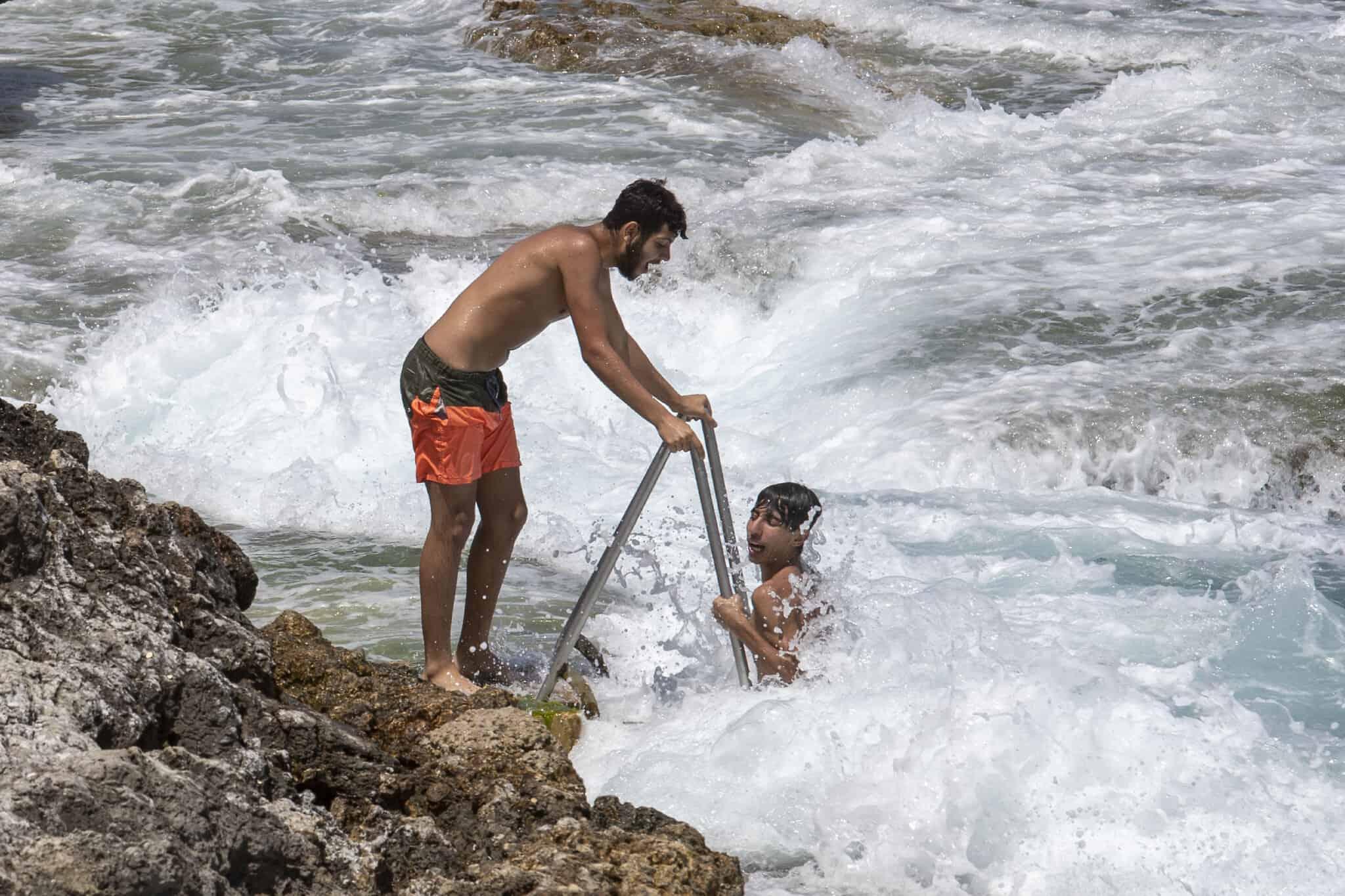 ימי ראשית הקיץ בלבנון, 18 במאי 2020 (צילום: AP Photo/Hassan Ammar)