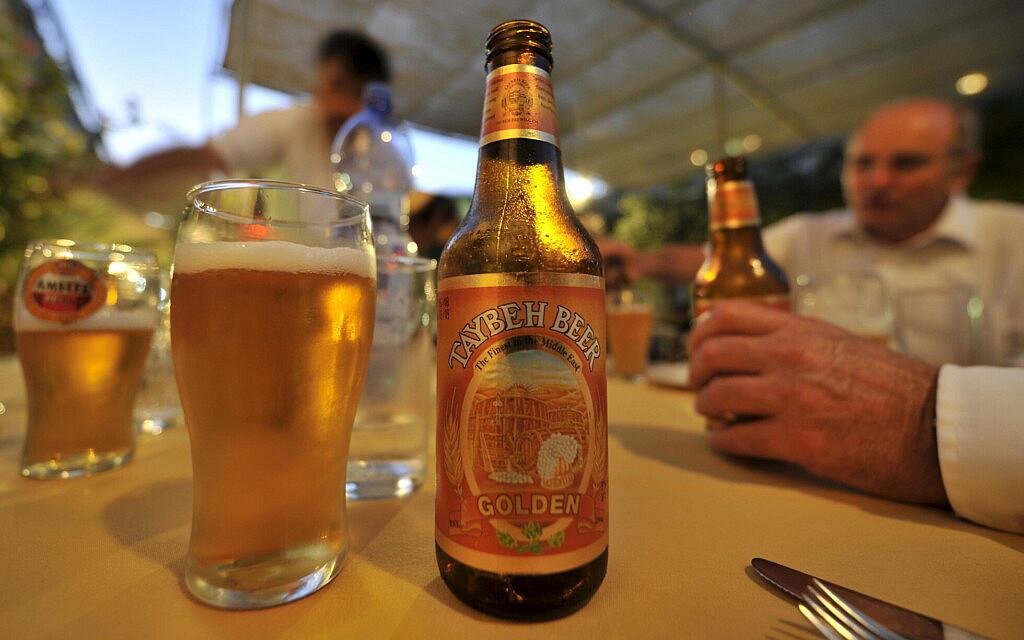 בירה טייבה (צילום: Peter Kneffel)