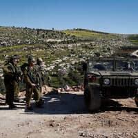 """כוח צה""""ל בגדה המערבית, ארכיון; למצולמים אין קשר לדיווח (צילום: Wisam Hashlamoun/Flash90)"""