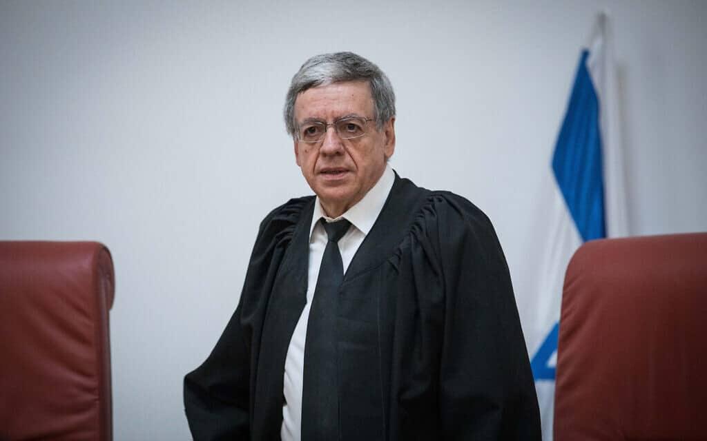 השופט מני מזוז בדיון בבית המשפט העליון ב-22 במרץ 2019 (צילום: יונתן זינדל/פלאש90)