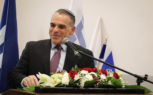 ראש מועצת אפרת עודד רביבי מדבר במהלך מסיבת עיתונאים באפרת, 31 ביולי 2019 (צילום: גרשון אלינסון/פלאש90)