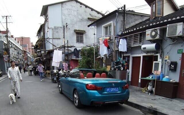 שכונת מגורים בפרברי שנגחאי. מרץ 2020 (צילום: יפעת פרופר)