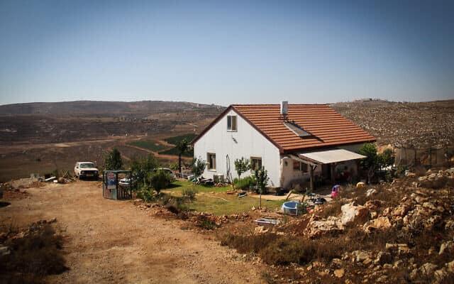 בית במאחז אש קדוש בגדה המערבית (צילום: Garrett Mills/Flash 90)