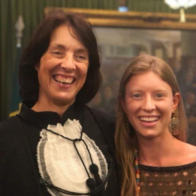 פרופ' אנה לוין עם בתה ליה