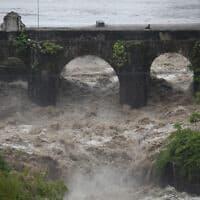 נהר לוס אסקלווס במזרח גואטמלה, 31 במאי 2020 (צילום: Moises Castillo, AP)