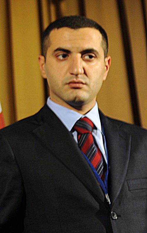 """דוד קזרשווילי, מי שהיה שר הביטחון של גאורגיה, במפגש נאט""""ו בהונגריה, ב-9 באוקטובר 2008 (צילום: Jerry Morrison, U.S. Air Force)"""