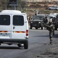 כוחות ישראליים ליד רמאללה, ארכיון; למצולמים אין קשר לדיווח (צילום: פלאש 90)