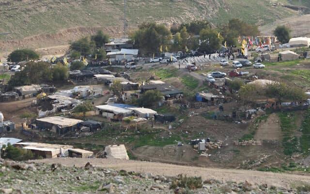 היישוב הבדואי חאן אל אחמאר (צילום: גילי יערי/פלאש90)