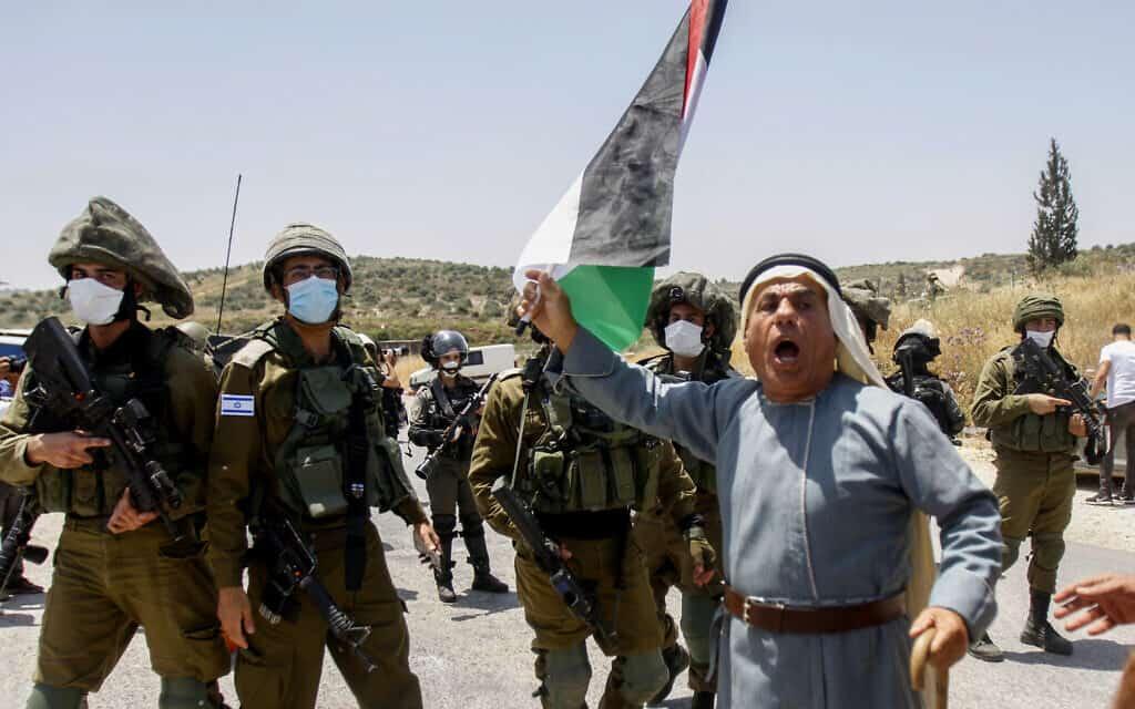 מחאה פלסטינית נגד הסיפוח בגדה המערבית (צילום: Nasser Ishtayeh/Flash90)