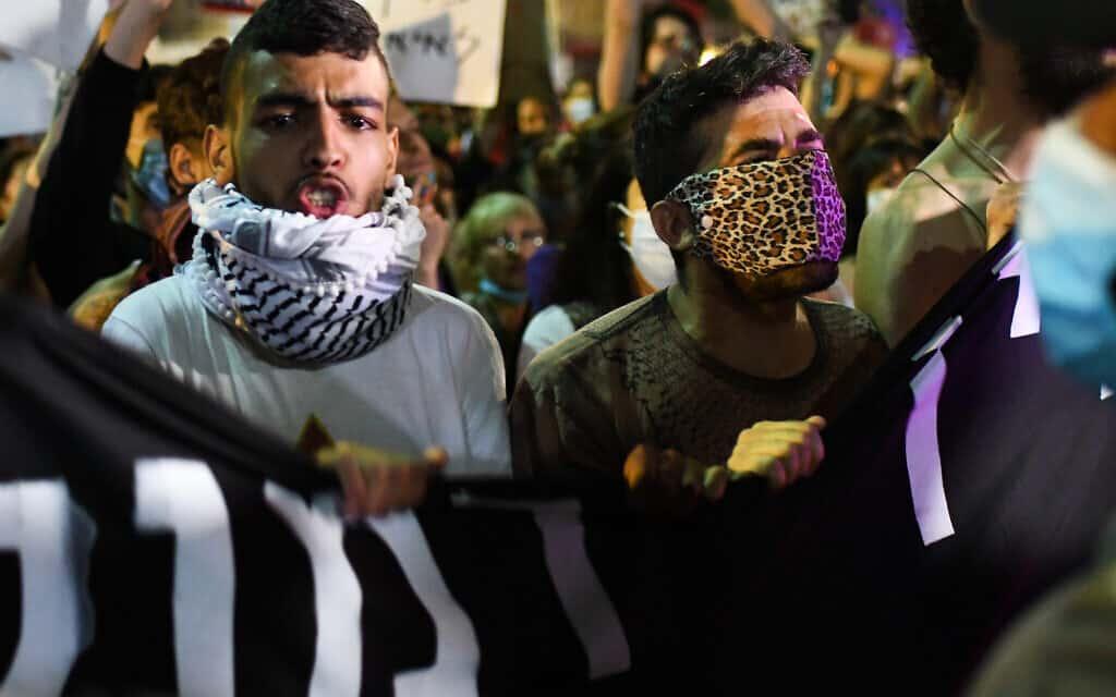 מחאה בתל אביב נגד הסיפוח, יוני 2020 (צילום: Avshalom Sassoni/Flash90)