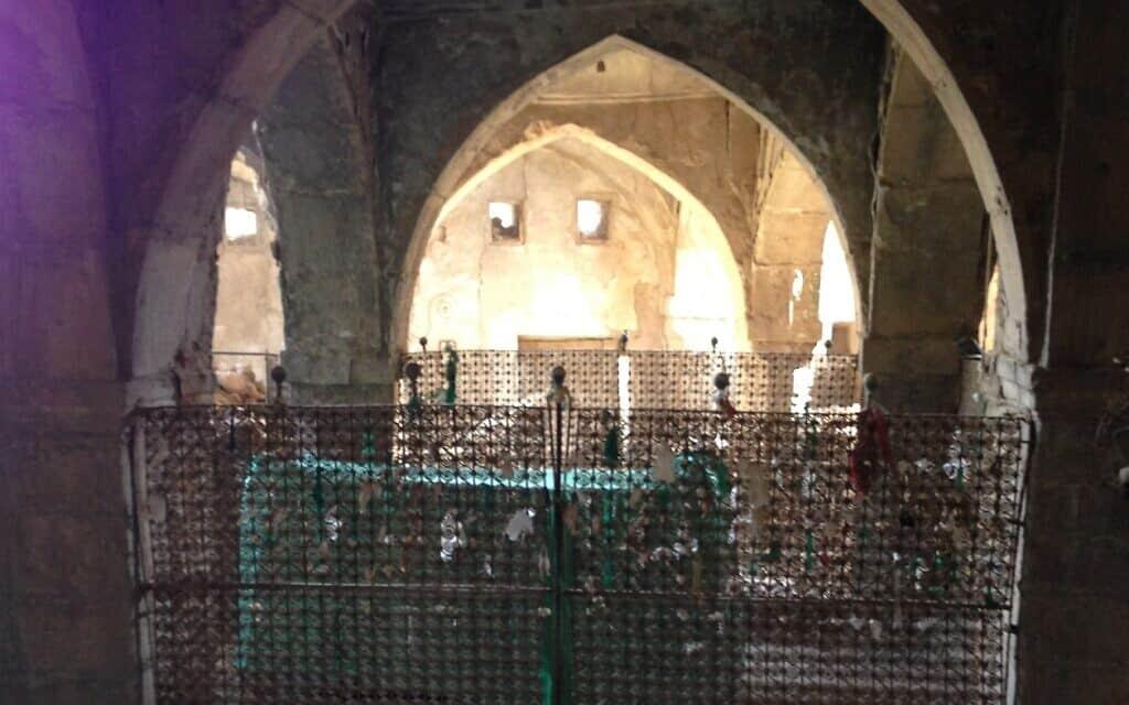 קבר הנביא נחום באלקוש, עיראק (צילום: Chaldean, CC-BY-SA, via wikipedia)