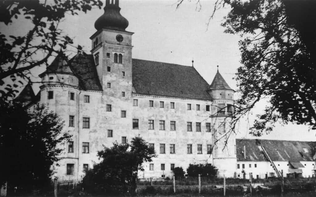 טירת הרטהיים, שבה בוצעה תוכנית T4 אותנסיה ממאי 1940 ועד 1944, אלקובן אוסטריה (צילום: רשות הציבור)