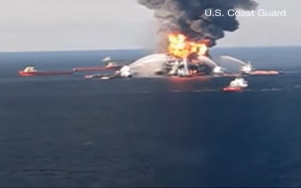 אסון התפוצצות אסדת הדיפווטר הורייזון במפרץ מקסיקו, צילום מסך מכתבה של CNN