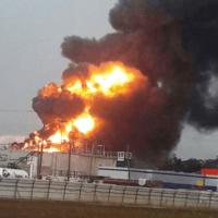"""השריפה בבז""""ן, דצמבר 2016 (צילום: איחוד הצלה כרמל)"""