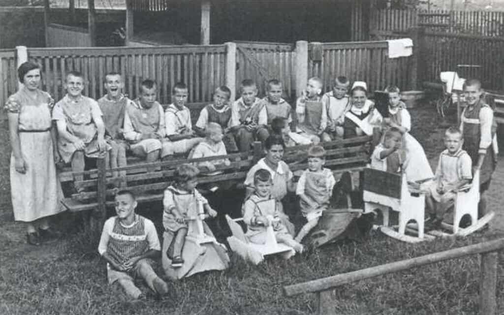רבים מהילדים מהמוסד הפרוטסטנטי קתרינהוף הומתו בטירת זוננשטיין (צילום: רשות הציבור)