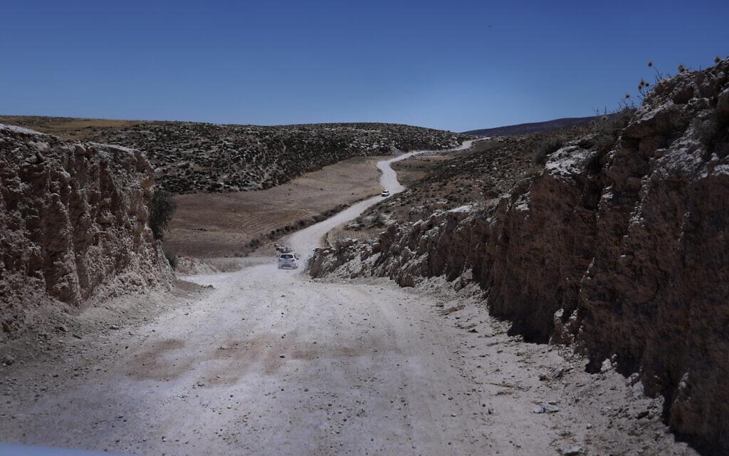 הדרך לחרבת ג'ינבה (צילום: אלדד רפאלי)