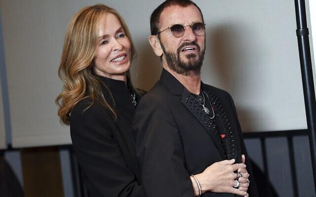 רינגו סטאר ואשתו ברברה באך (צילום: Evan Agostini/Invision/AP)