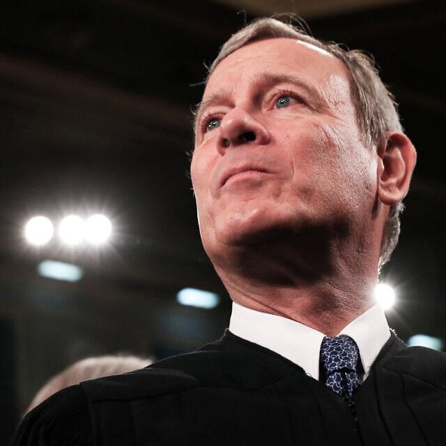 """נשיא בית המשפט העליון בארה""""ב, ג'ון רוברטס (צילום: Leah Millis/Pool via AP)"""