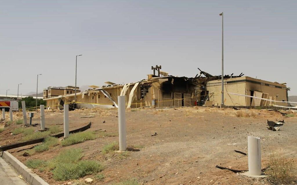 הבנין שנפגע בפיצוץ במתקן העשרת האורניום בנתנז ב-2.7.2020 (צילום: Atomic Energy Organization of Iran via AP, File)